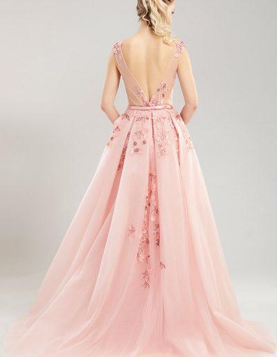 2.2-vestido-rosa-largo-con-apliques-de-flores-esp