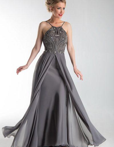 Vestido-largo-con-fuelle-gris,-cuerpo-pedreria
