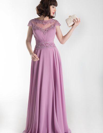 vestido-largo-rosa-con-detalles-pedreria