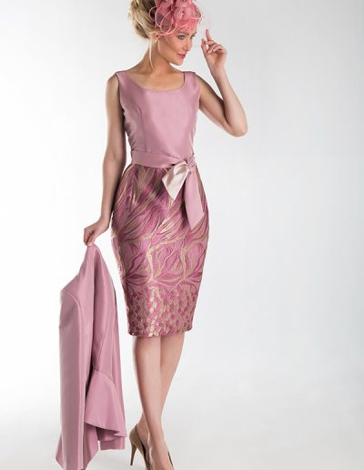 vestido-rosa-falda-tubo